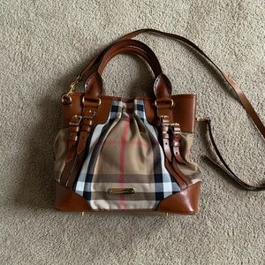 Authentic Burberry Whipstitch Tote (Medium Size)